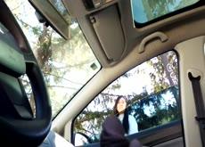 Nena se sube al auto Parte 1
