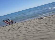 Beach Flash 3 Girls