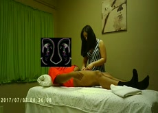 Julia handjob 1 (Asian Massage)