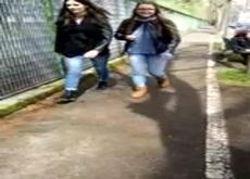 Flash 2 Teens on Street