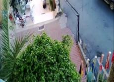 GF Gives Husband a Balcony Handjob