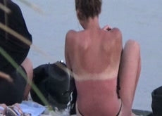 flashing 2 girls at beach clip