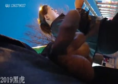 chinese flash 2 girls on bus stop