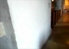 Madura se masturba en el templo